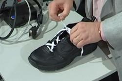 靴職人も間違っていた「正しい靴紐の結び方」