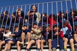 """「遊び場」があれば子どもは育つ–建築家・手塚氏が作った""""壁のない""""幼稚園"""
