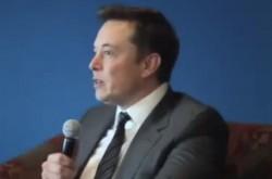 イーロン・マスク氏、自動運転車による失業問題は発生しないと予測