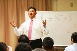 強いチームに必要なのは「会話」でなく「対話」 ラグビー解説者・今泉清氏が語るコミュニケーションの本質