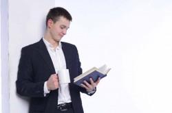 自社の運命を左右する「文章力」を鍛えるには? 上達のコツを解説
