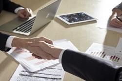 マーケティングを行うときには、他部署との連携や事前交渉が成約の鍵
