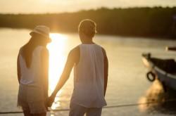 選択肢が増えるほど成功確率も下がる? 婚活の落とし穴