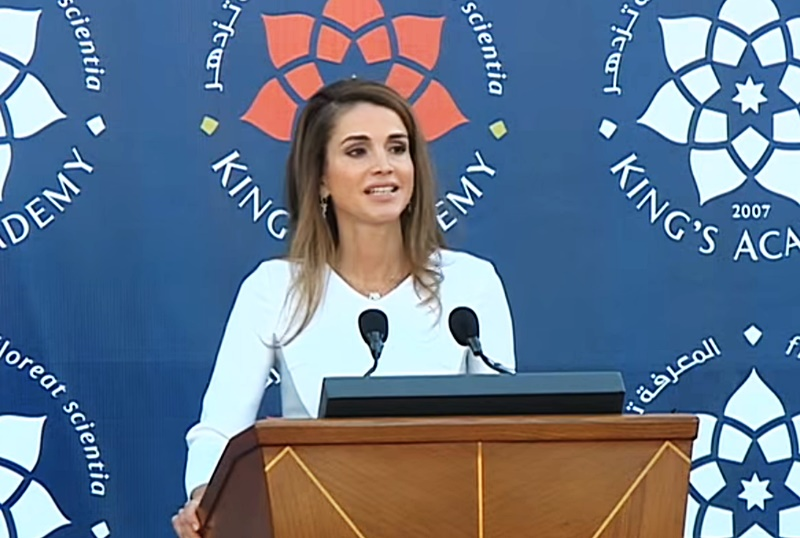 「失敗は恥ではありませんが、期待してくれる人を裏切ることは恥です」ヨルダン王妃ラーニア氏のメッセージ