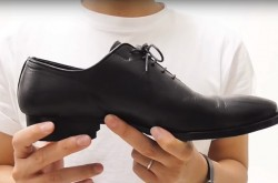 """スニーカーは卒業しよう """"大人のかっこよさ""""を演出する革靴の選び方"""