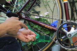 たった15分で自転車の性能が蘇る! ツーキニスト必見、チェーンのかんたんメンテ術
