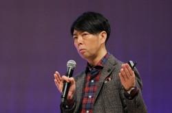 「計算された非常識」をデザインする––佐藤可士和氏が語る、イノベーションの作り方