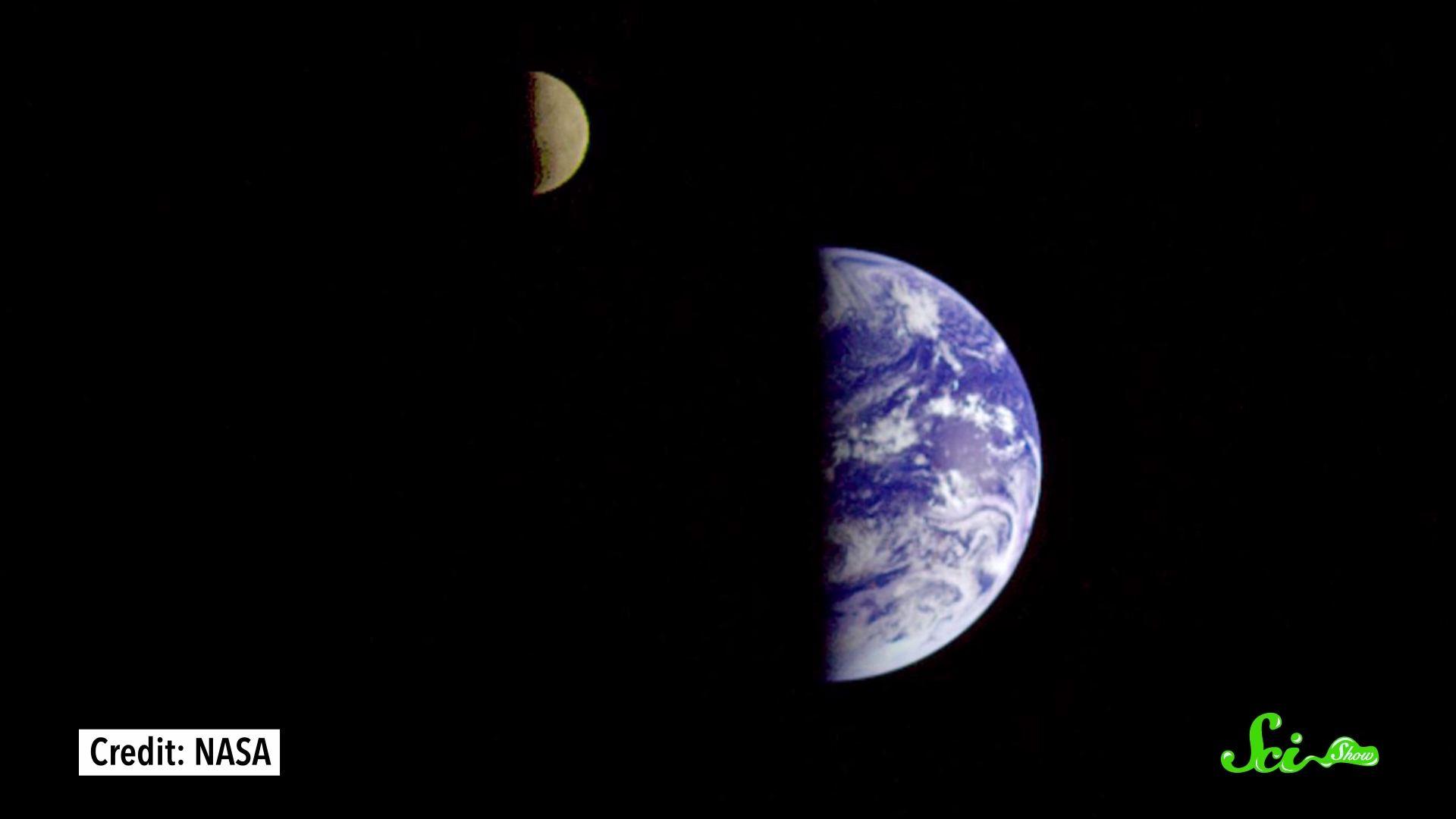 月は少しずつ地球から遠ざかっているらしい では最終的にどうなるのか